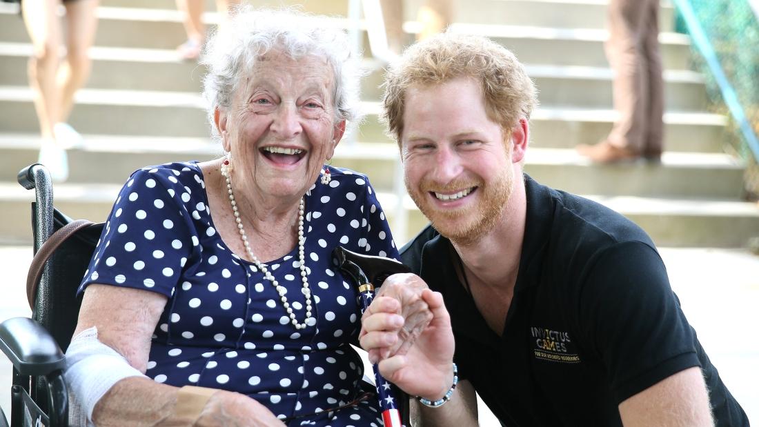 Prince Harry meets 95 year old Ruth Uffleman